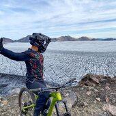 @cancino31_  Junto a su @whytechile nos muestra parte de  Las maravillas andinas del sur de Chile 🇨🇱 en su expedición Sollipulli 💥💥 . @whytechile @bikingchile @tubike.cl